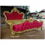 Tempat Tidur Mewah Gold Klasik