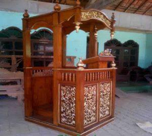 Mimbar Masjid Jati Ukir