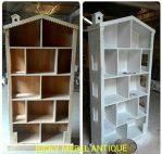 Rak Buku Model Rumah