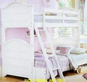 Tempat Tidur Tingkat Desain Cantik