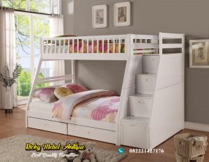 Tempat Tidur Tingkat + Tangga  Laci