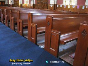 Bangku Gereja Jati